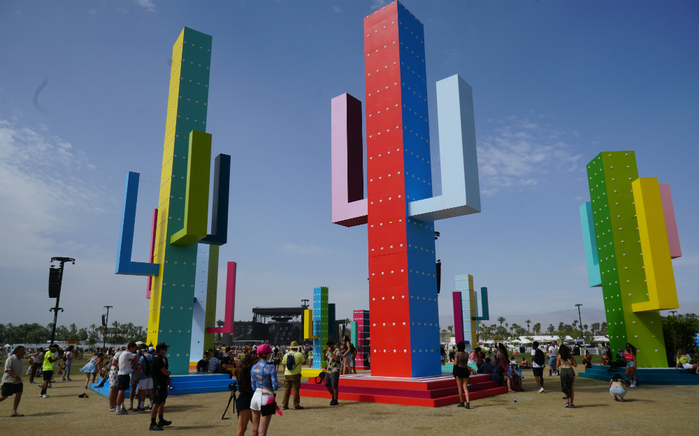「コーチェラ」会場の様子を、藤田琢己がレポート! 広大な敷地でマイペースに楽しむ世界最大級のフェス【特集】
