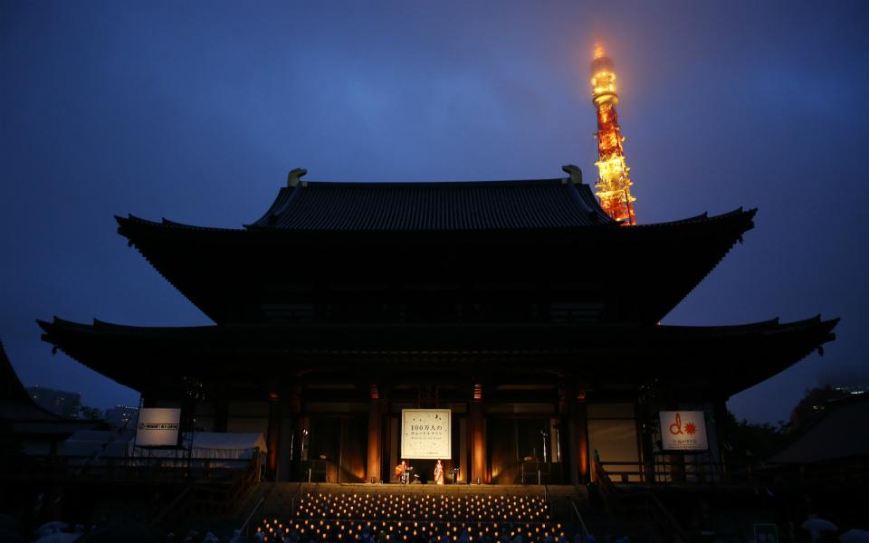 「100万人のキャンドルナイト@増上寺2019」開催! 宮沢和史、『島唄』で平和に祈りを捧げる