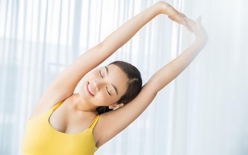 「夏の冷え性」改善に効果的! 血流がよくなる簡単ストレッチ&エクササイズ