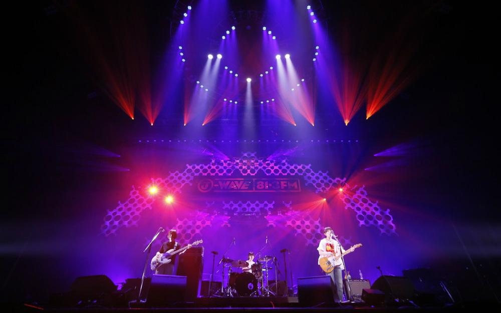 ガールズバンド・リーガルリリー、横浜アリーナで堂々のライブ! 切なく激しいロックを鳴らす【J-WAVE LIVE】