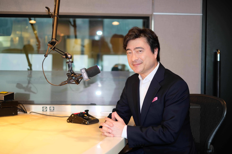 ジョン・カビラがナビゲートする J-WAVE『~JK RADIO~ TOKYO UNITED』8/30の放送は、ニューヨークからお届け!