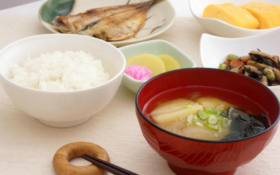 夏の冷え性は「調味料」を見直してみて! 毎日、食べたほうがいいのは…