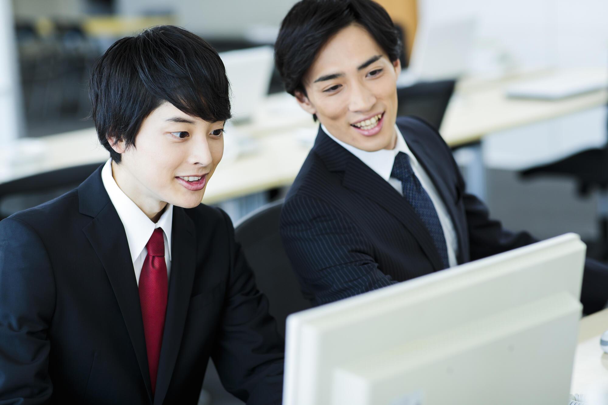 SNS世代の若手社員は「プチ褒め」で仕事のモチベーションが上がる!