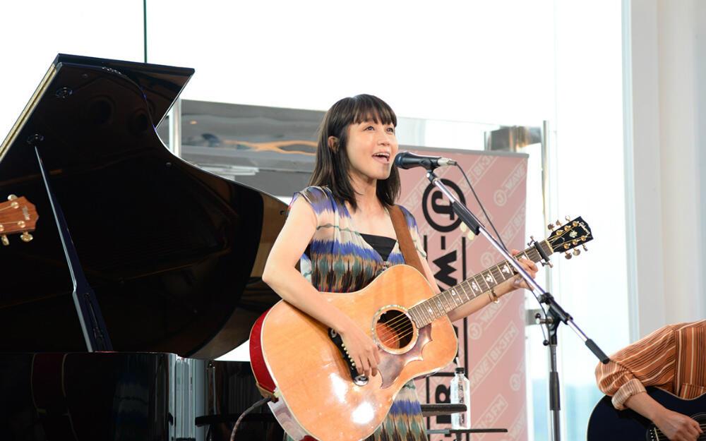 yaiko(矢井田瞳)、アコギ3本のニューアレンジ! セルフカバー『My Sweet Darlin'』などを披露