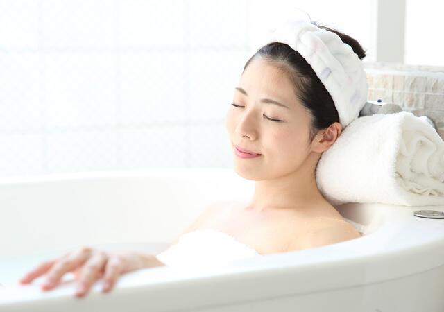 入浴は、なぜ「疲労回復」するの? 最適な温度と時間は?