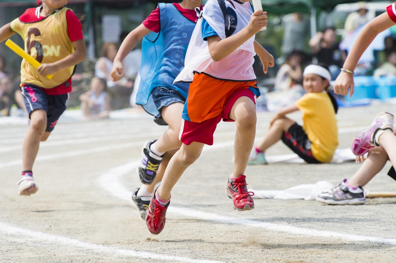 もうすぐ運動会シーズン! 「早く走る」コツを、陸上競技コーチが語る