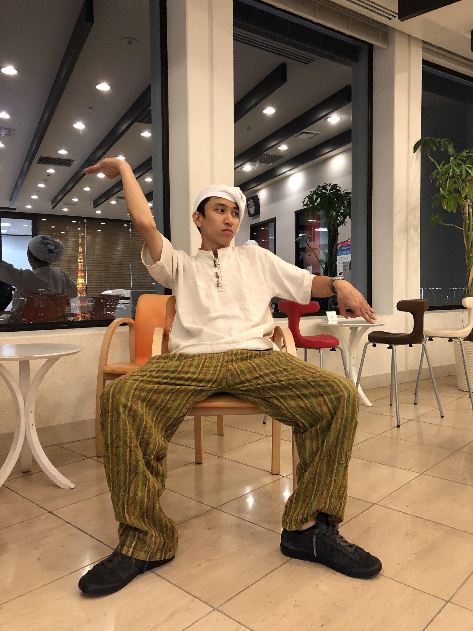 マカロニえんぴつ・はっとりがユニコーンの曲を初の弾き語りで披露!