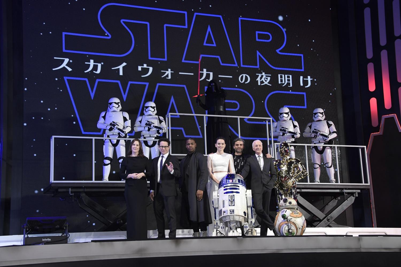 『スター・ウォーズ』完結編のキャストが来日! 日本への感謝「ファンでいてくれて、本当にありがとう」