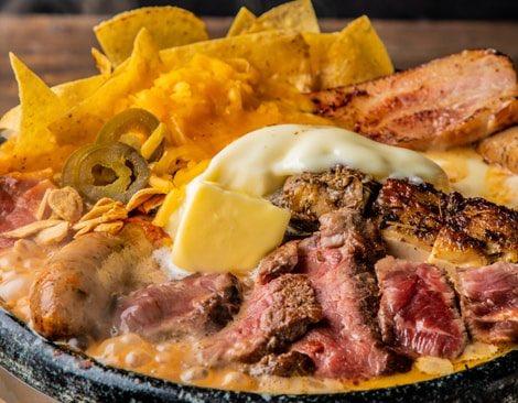 肉×チーズの「悪魔鍋」 カロリーはホノルルマラソン1回分…気になる味は?