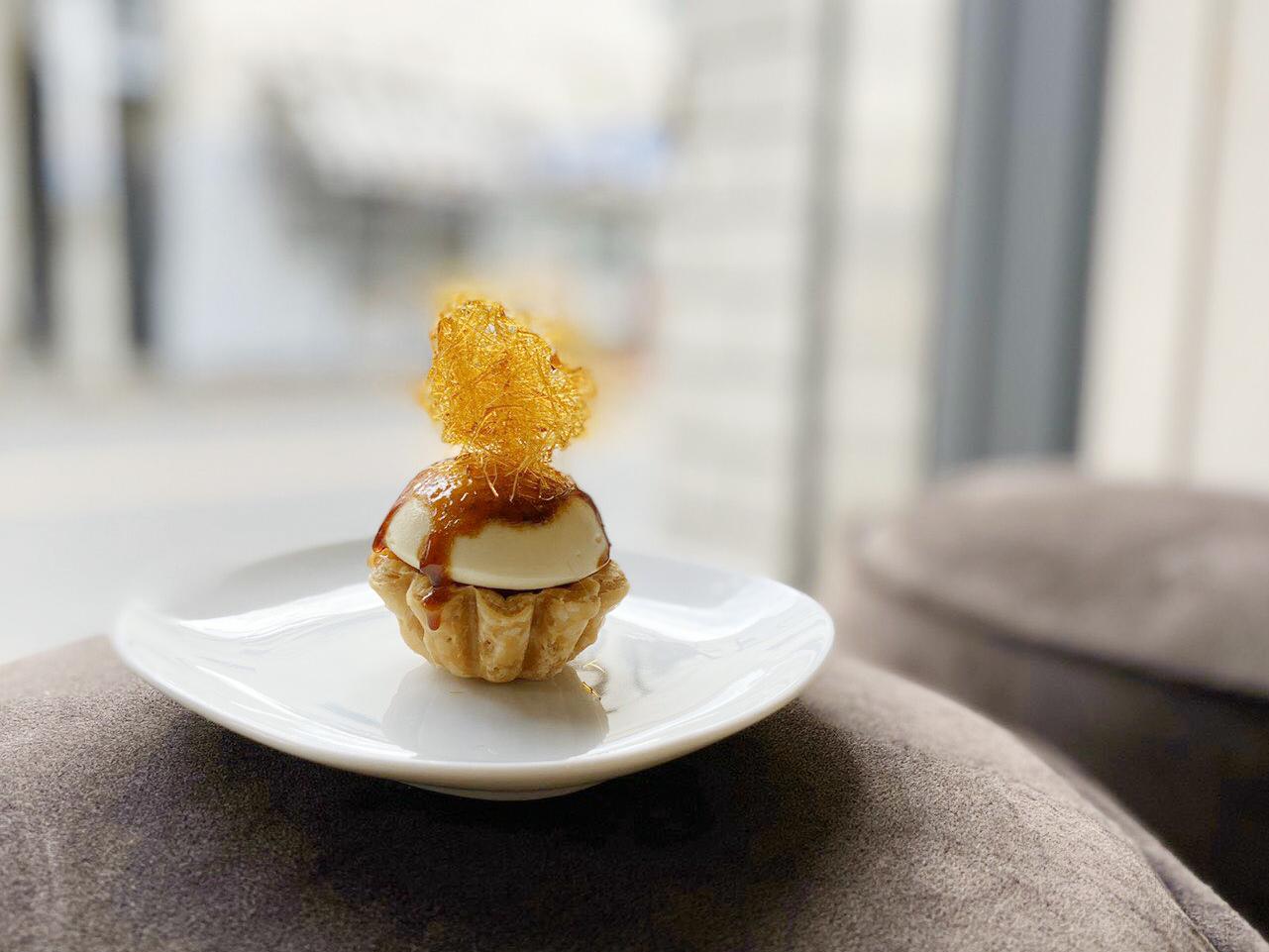 口の中でアップルパイができあがる…! フランス菓子「ピュイダムール」