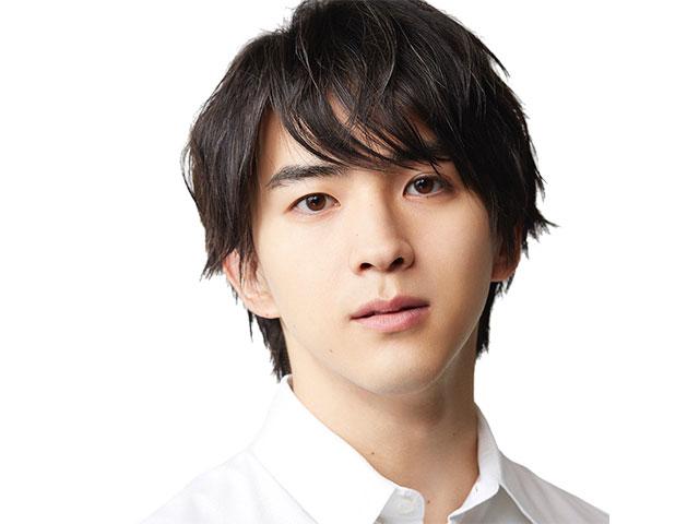 俳優・甲斐翔真、LiLiCoに「いろいろ揃った最高のデート」を提案