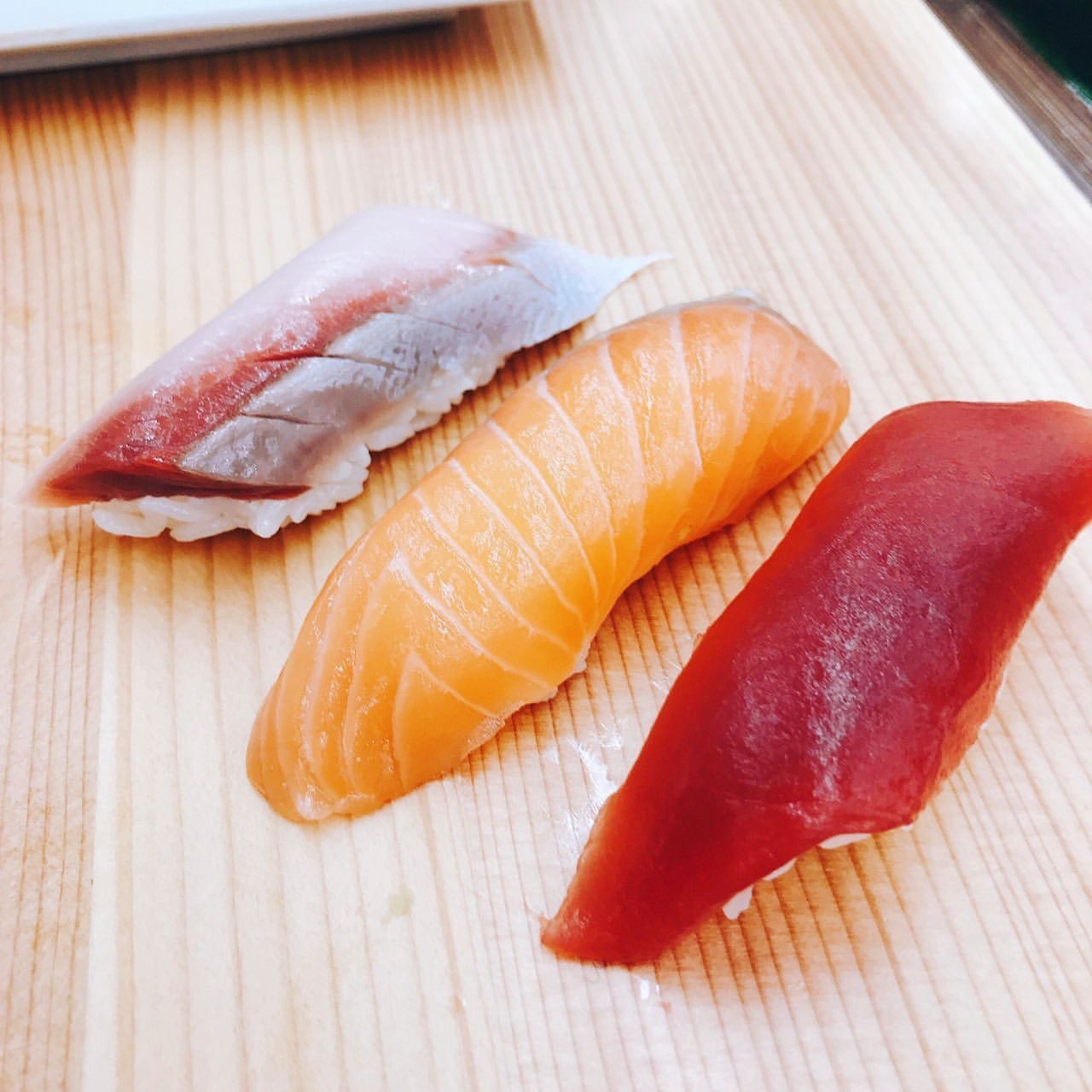 寿司の最新事情! 素人でも握れるようになるワークショップに挑戦