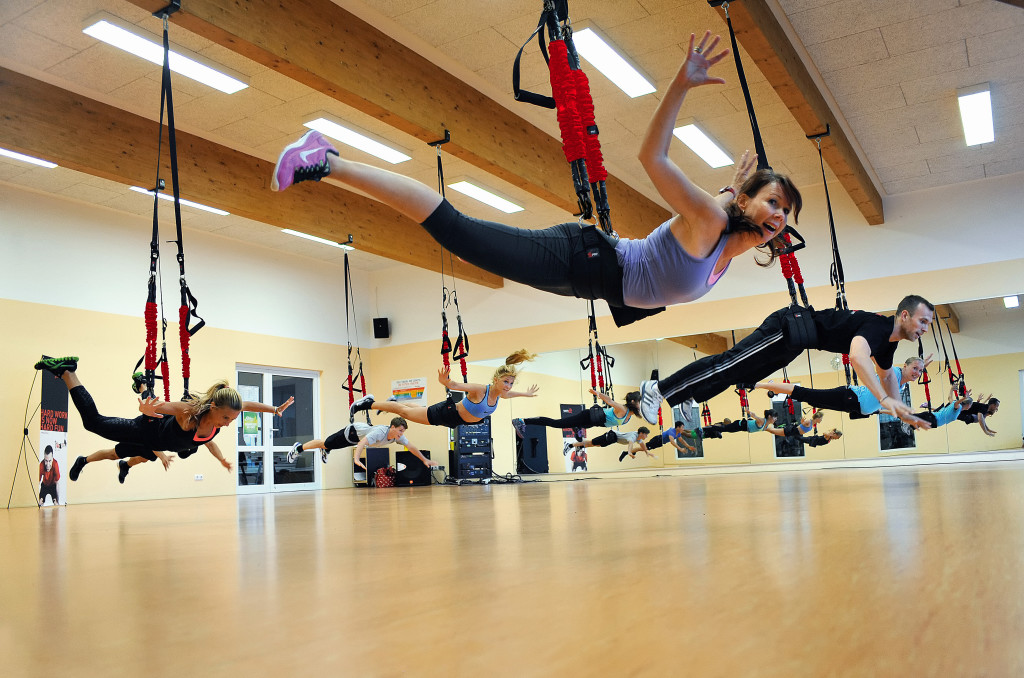 飛んで跳ねて楽しく鍛える! 新感覚の「4DPRO® バンジーフィットネス」って?