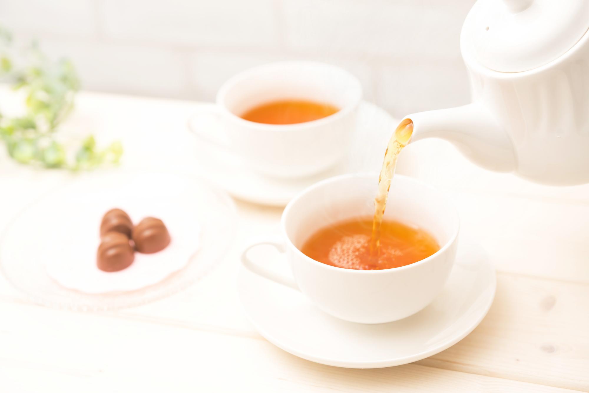 紅茶を飲むと、コミュ力が活性化! 医師が解説する「脳の働き」