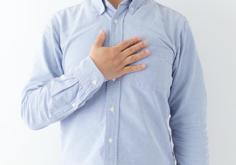 胸の真ん中をほぐして「首こり」改善! 人気パーソナルトレーナーが伝授