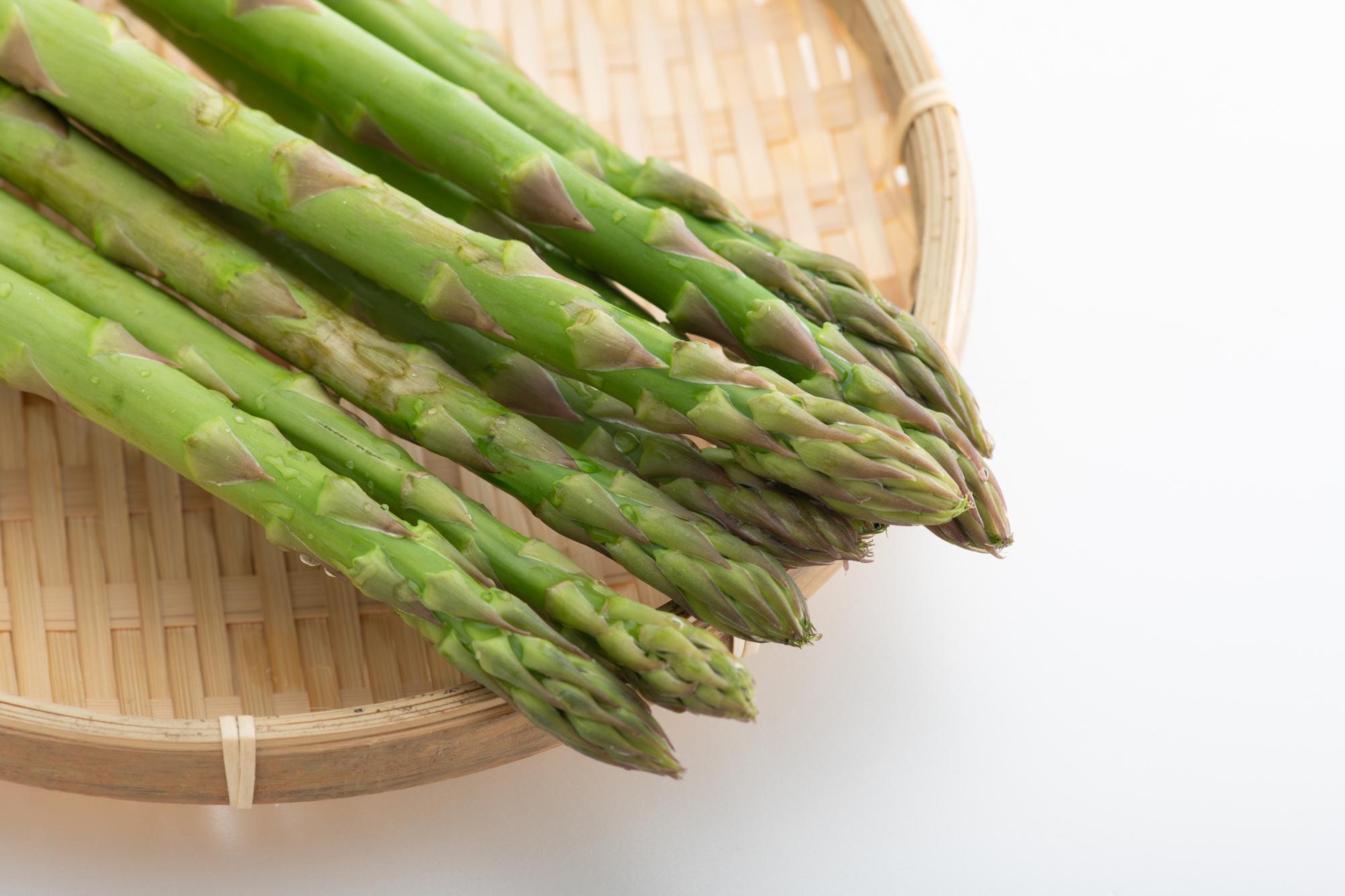 美肌にアスパラガス! 栄養を逃さない「蒸し炒め」の方法を、管理栄養士が語る