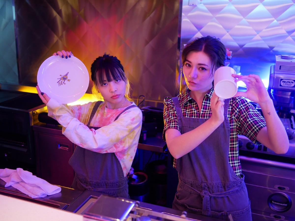 FAITHと同世代の注目アーティストをアカリ&籐子が紹介! 「FAITHとして立ちたいステージが想像つく楽曲」