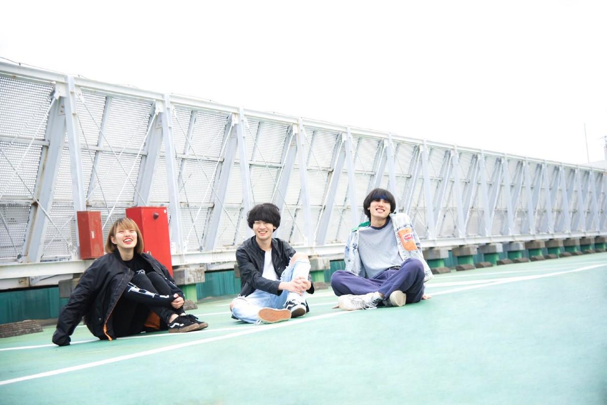 【注目の学生アーティスト】埼玉発の3ピースバンド・アトノマツリ、「モットーは天元突破! 最高のバンドになりたい」