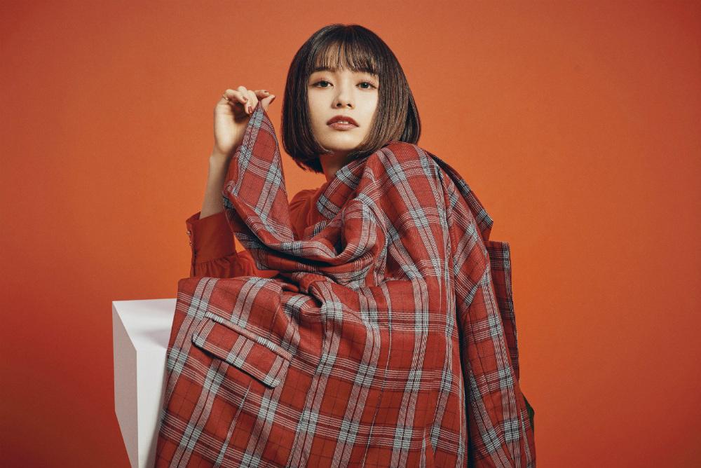 シンガーソングライターの足立佳奈が「STAY HOME LIVE」で『二子玉川』を披露!
