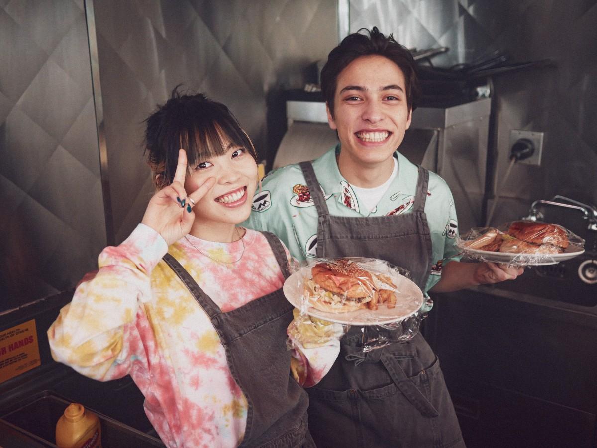 FAITH レイ&籐子が選ぶ、ファッショニスタなアーティスト! 2人のファッションのこだわりとは?