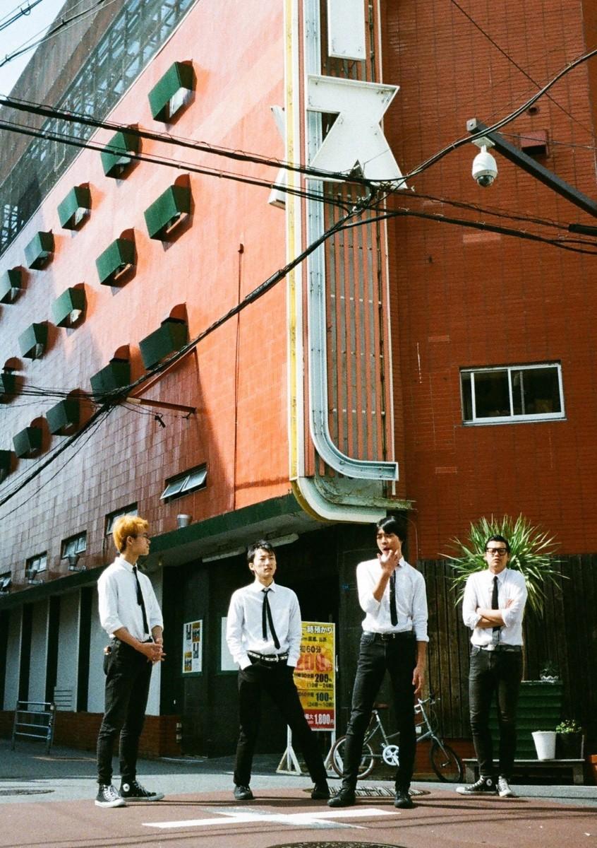 【注目の学生アーティスト】神戸を拠点に活動するロックンロールバンド・The howlin' dogs、立ち姿からしてかっこいい