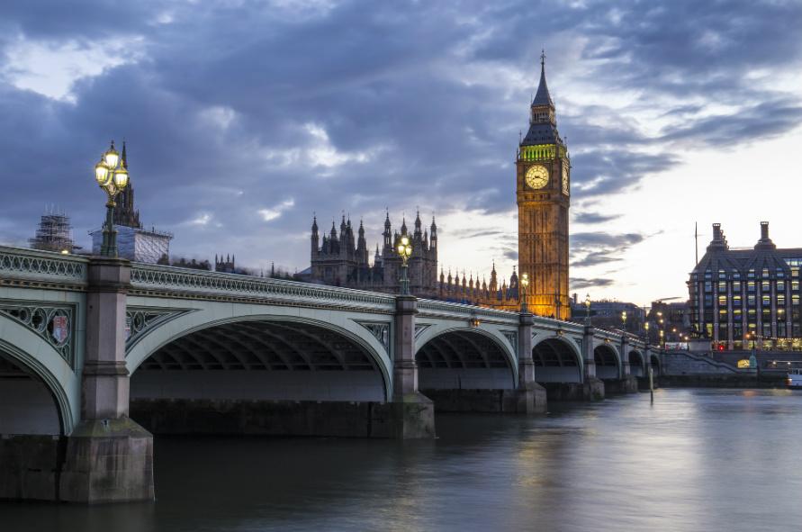 イギリス、付加価値税を大幅引き下げ。市民の反応をロンドン在住ジャーナリストが語る