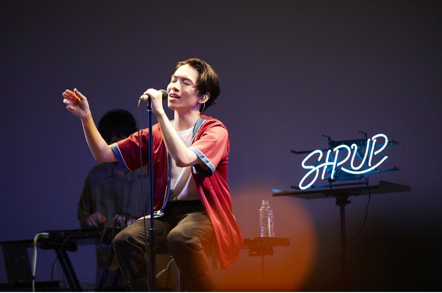 SIRUP、希望が差し込む歌声を響かせた「J-WAVE LIVE 2020」