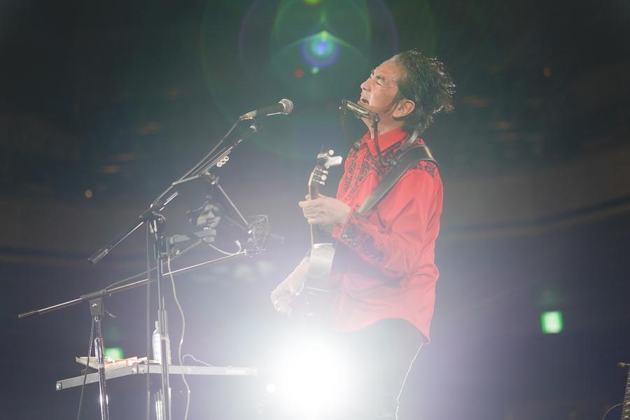 田島貴男(ORIGINAL LOVE)、迫力のリズムで会場が一体に【「ギタージャンボリー2020」フォトレポート】