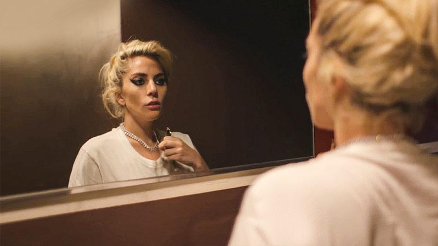 世界の「音楽スター」の光と苦悩。ガガ、テイラー…Netflixで人気を集めるドキュメンタリー5選