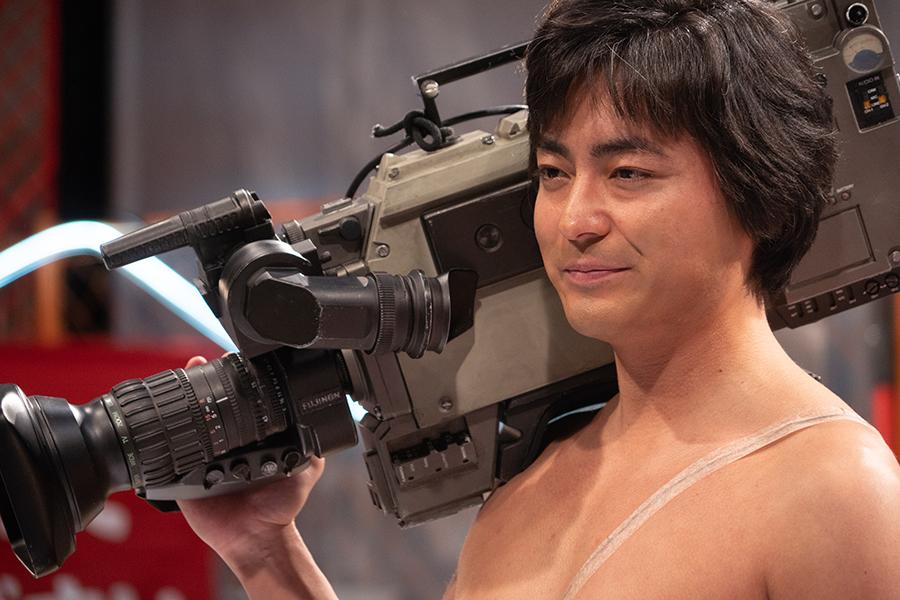 Netflixの日本作品の人気作、2位『全裸監督』1位の赤裸々なドキュメンタリーは?
