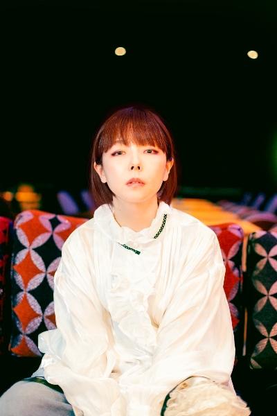 aikoは徹底的に「個」を描く。シアワセなのに別れを思う、歌詞の魅力を紐解く