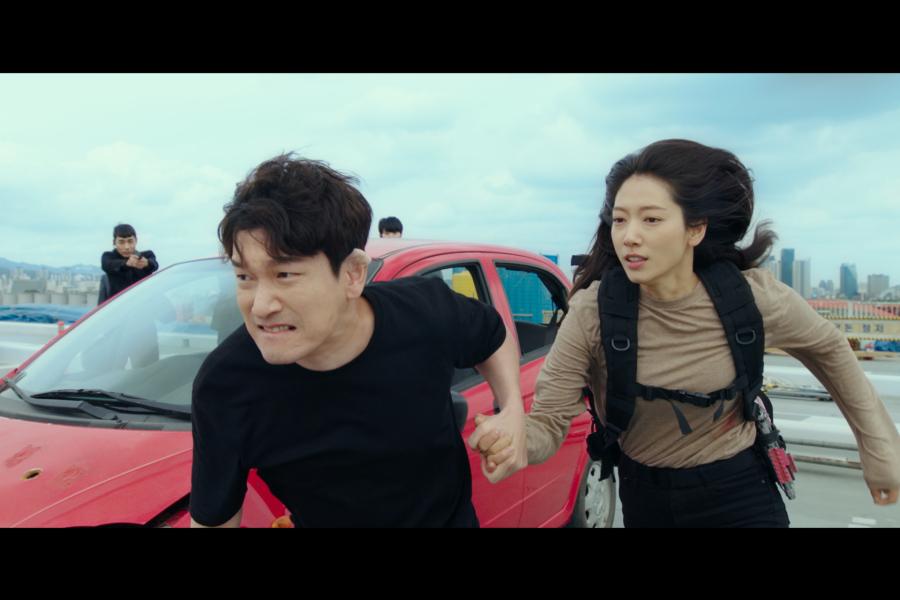 Netflixで観たい、最新の韓国ドラマ 3選! 映画『TENET テネット』を彷彿とさせるのは