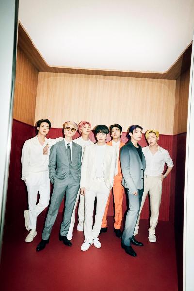 BTSが1位・2位を独占! J-WAVEのチャート番組『TOKIO HOT 100』初の快挙