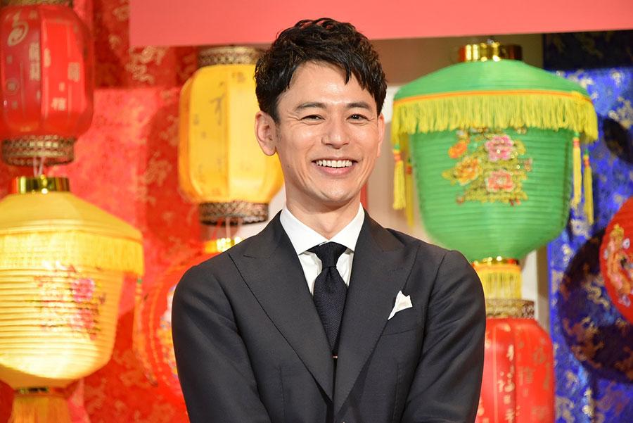 妻夫木聡も驚いた、渋谷で1億円以上のセット。ハチャメチャな一級の娯楽作で「暴れまくっています」