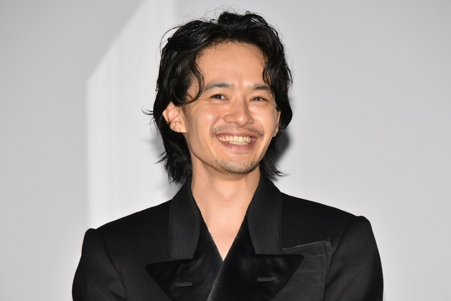 """池松壮亮は「日本映画を引っ張っていく逸材」 オダギリジョーに絶賛された池松の""""褒め返し""""は?"""