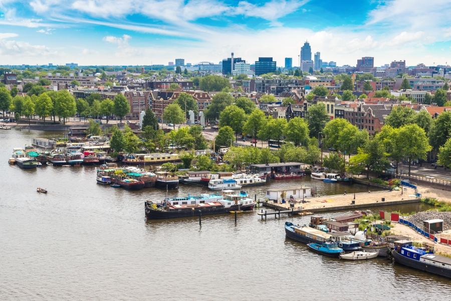 川の「プラごみ」を泡の力で回収。自然環境の負担を減らす、オランダの実験
