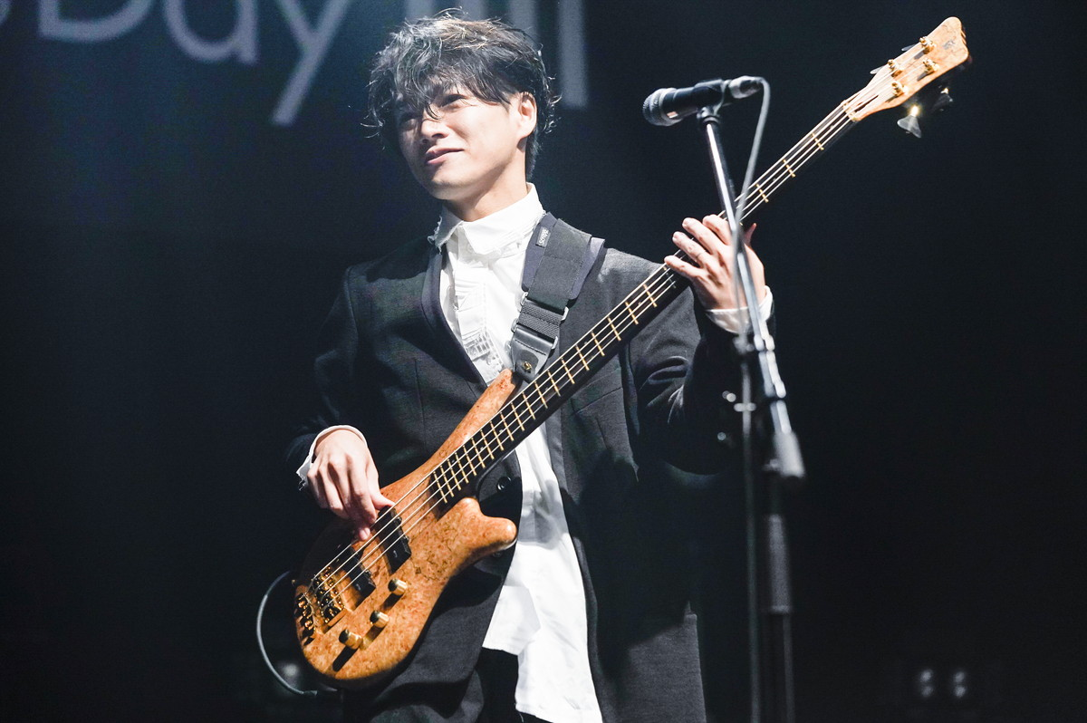 THE BASS DAY LIVE8