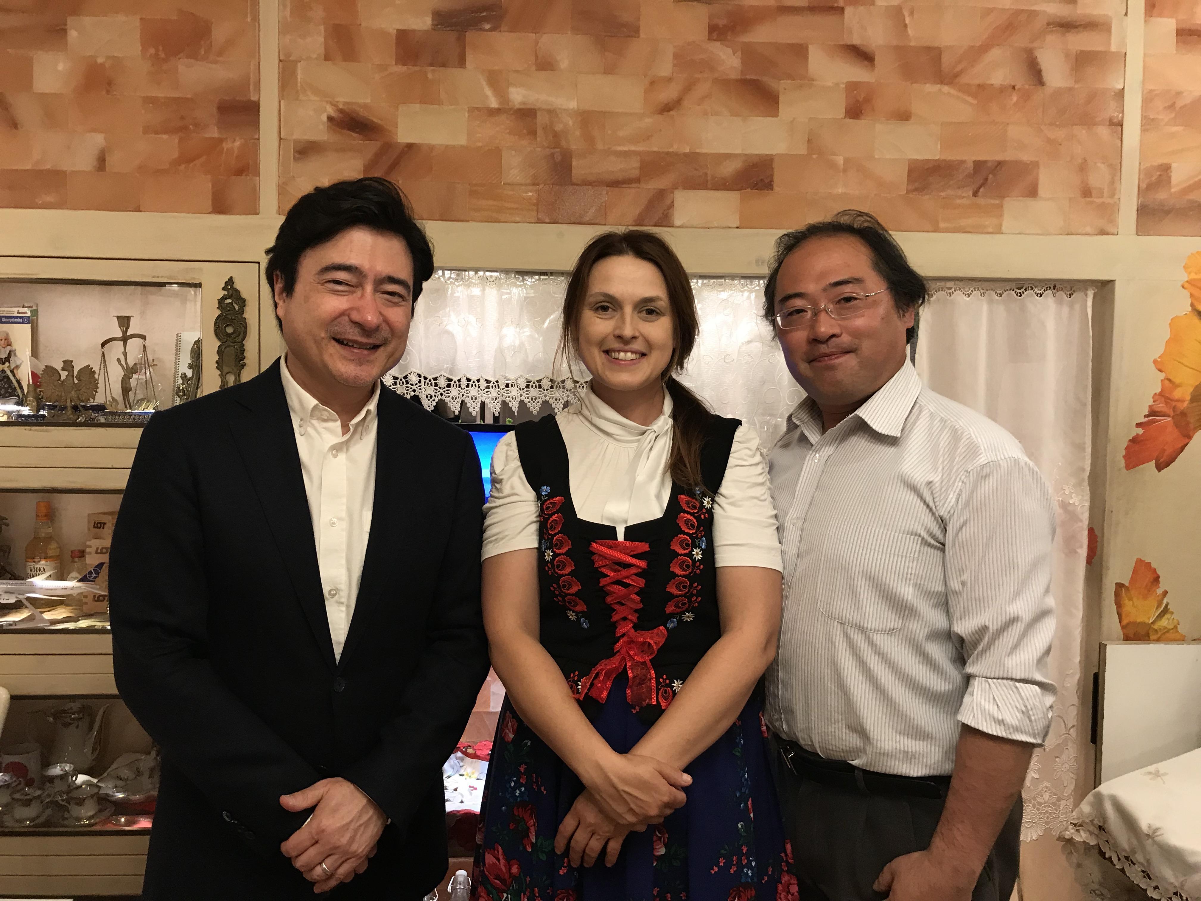 日本人・堀越寿弥さんと、ポーランド人・アグニェシュカ堀越さんご夫婦