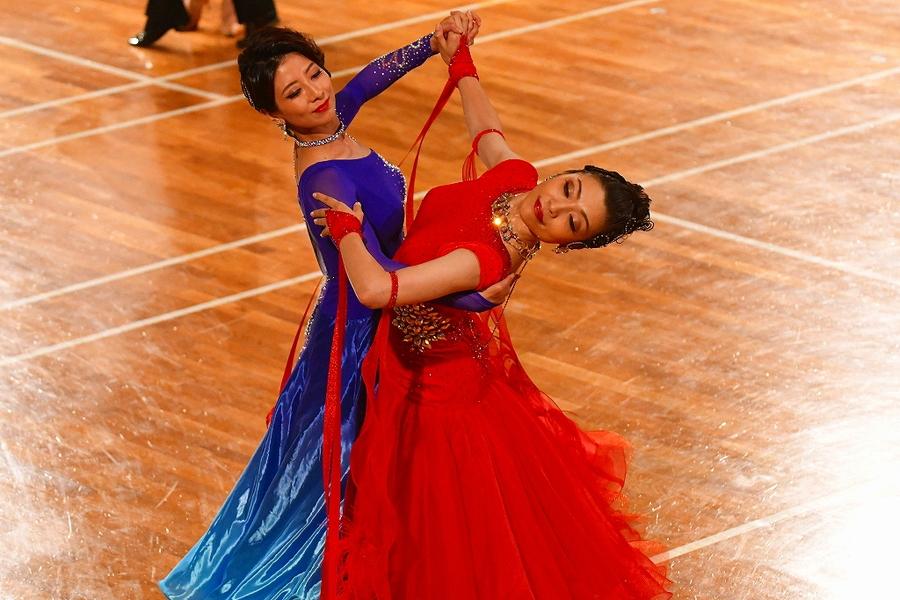 dance2011201.jpg