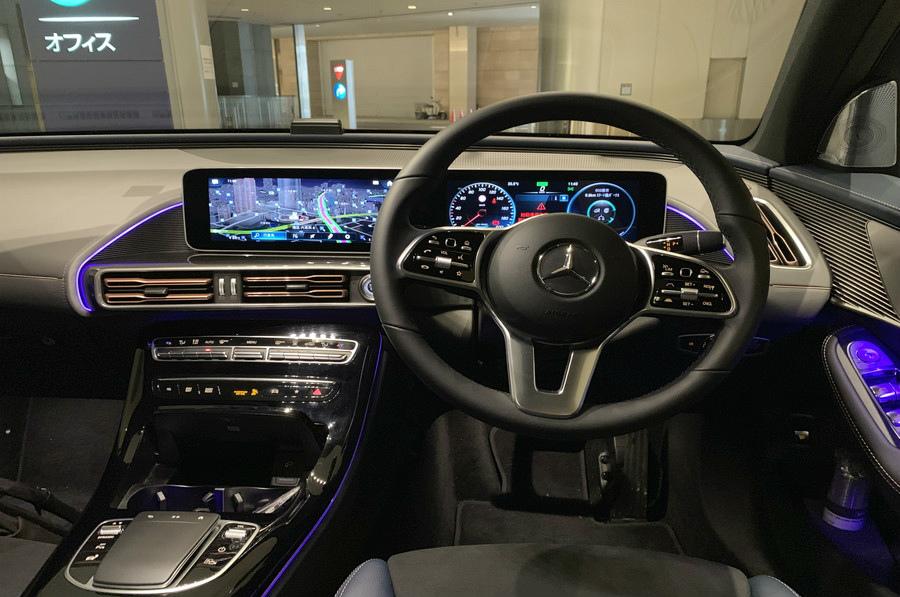 メルセデス・ベンツの電気自動車・EQCで行く